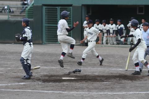 こちらの高校野球県大会は_b0219267_20492332.jpg