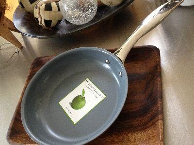 サイズもデザインも充実!お気に入りのフライパンを見つけて気分よく料理する!