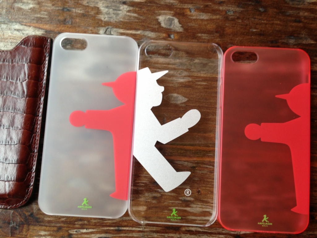 iPhone5ケース/背面保護シール_c0180686_19232027.jpg