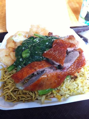 旅日記 HAWAII 2011 No3 アラモアナビーチパーク 中華の日_f0059796_21541643.jpg