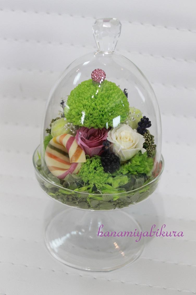 ガラスの花器は涼しくて可愛い_e0201009_22431233.jpg