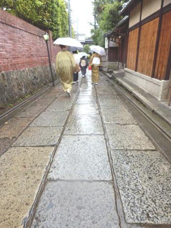 三寧坂から八坂神社まで_e0048413_20584463.jpg