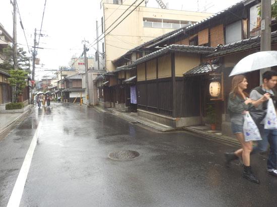三寧坂から八坂神社まで_e0048413_20585648.jpg
