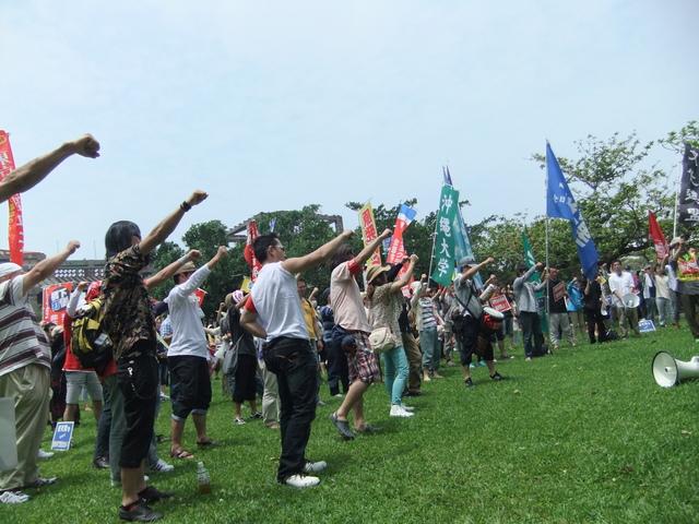 2013年沖縄闘争3日目(5月20日)_d0155415_1611969.jpg