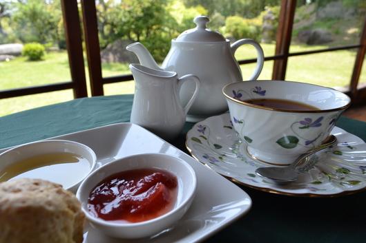 侯爵の紅茶_c0110117_1240557.jpg