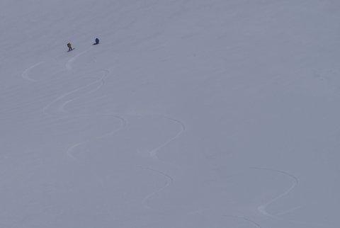 【滑走レポ 2013.4.17】 初めてのOPEN立山!!後編@立山_e0037849_20182444.jpg
