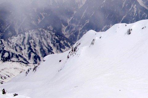 【滑走レポ 2013.4.17】 初めてのOPEN立山!!後編@立山_e0037849_20183992.jpg