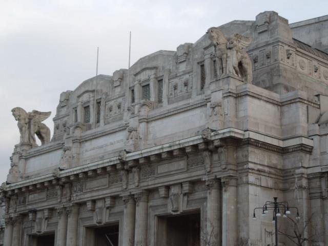 ムッソリーニの遺産 -ミラノ中央駅-_f0189467_0161640.jpg
