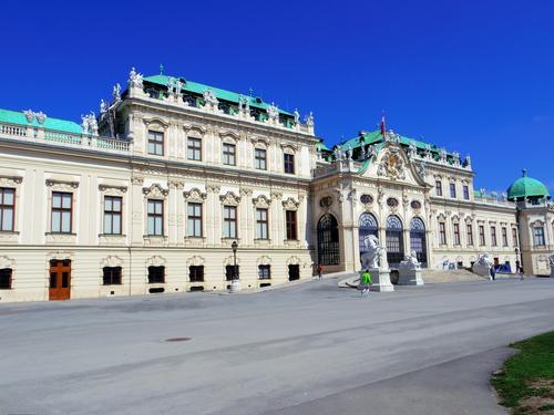 ウィーン&ロンドンへの旅(6)―ウィーン市内散策、ベルヴェデーレ宮殿、公園、子ども_e0123104_634480.jpg