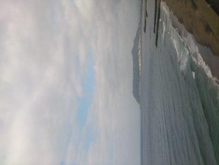 湯の川海岸と函館山_b0106766_23231112.jpg