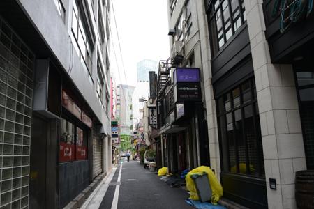 乙武氏ツイートの銀座の店に行き、店主に取材しました_e0171573_1022911.jpg