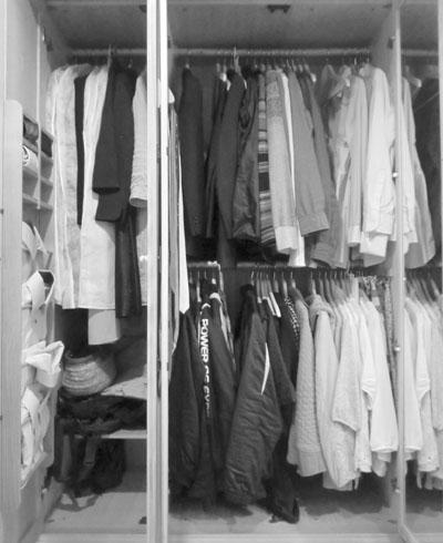 クローゼットの衣類整理 Before_c0293787_11442984.jpg
