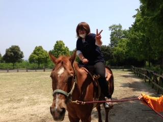 馬です。。。。馬さんがブルブル???_f0065444_16432414.jpg