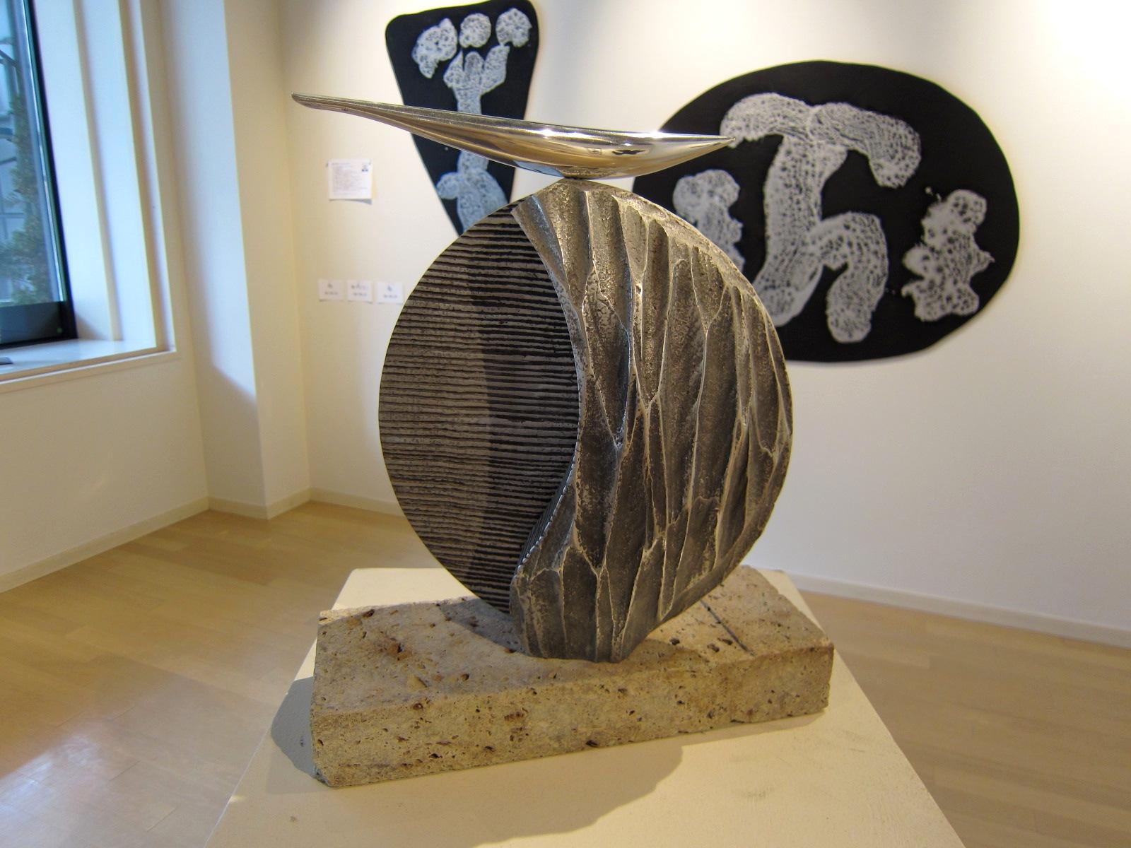 2065)「[現代書と彫刻のコラボレーション] -環境空間アートの提案-」 エッセ 5月21日(火)~5月26日(日)_f0126829_10485261.jpg