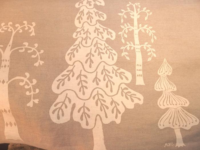 ふしぎの森のつやリネンワンピース & カットソー_b0117913_16204820.jpg