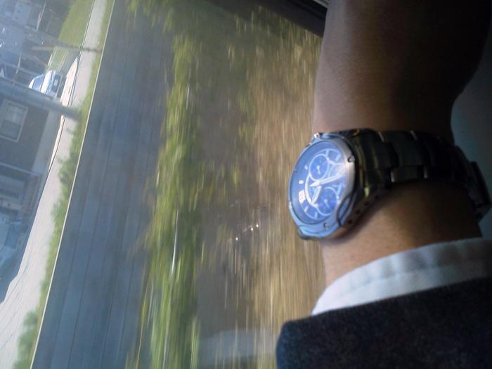 電車では必需品_f0053218_10354830.jpg