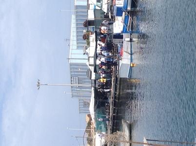 港の男達 バゥ_d0084229_18301132.jpg