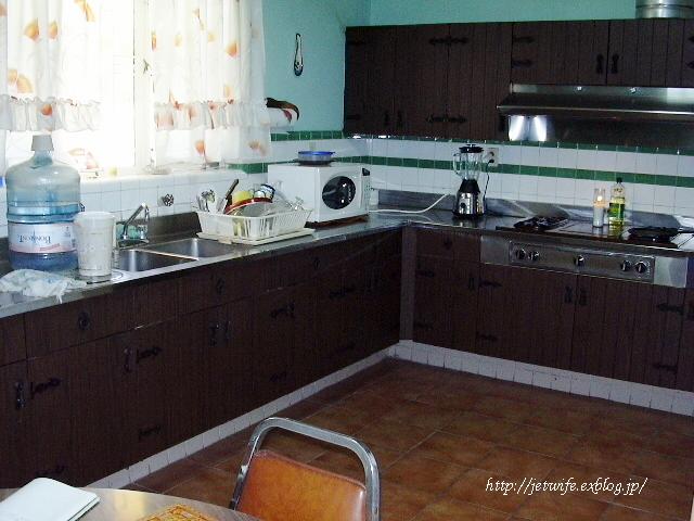 お宅訪問キッチン収納 メキシコの場合_a0254243_035248.jpg