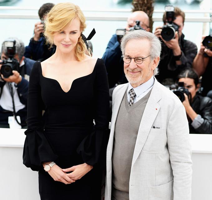 カンヌ映画祭:ニコール・キッドマンの腕を飾るスペシャルモデル/オメガ_f0039351_1122859.jpg