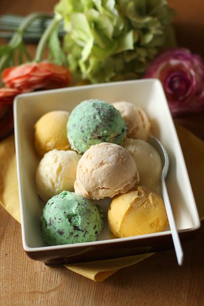 アイスクリームと粉入れ_f0149855_224670.jpg