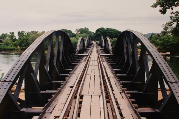 旅の想い出 #20 戦場にかける橋_b0131470_0492444.jpg