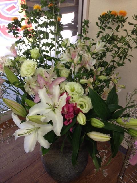 今週のお花とセール情報_a0200423_1475767.jpg