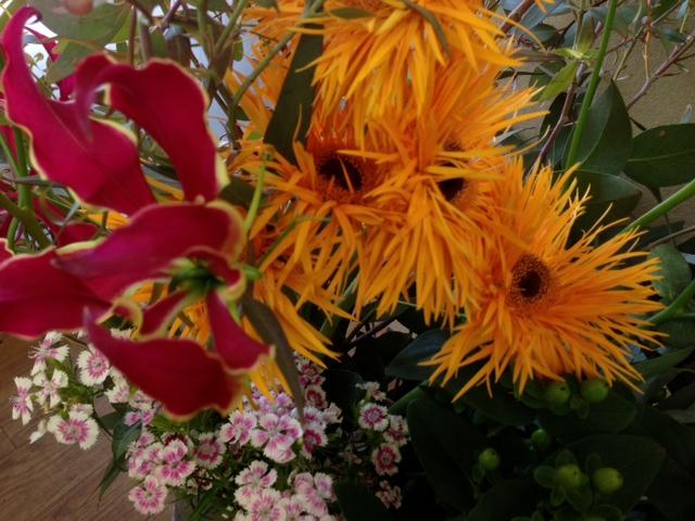 今週のお花とセール情報_a0200423_1611444.jpg