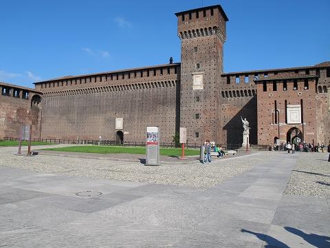 ミラノ~ヴェローナ~ヴェネチアへ_c0077531_2244613.jpg