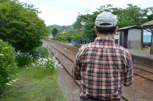5/18の土曜スケッチ会、小湊鐵道に行ってきました!!_c0131063_1845039.jpg