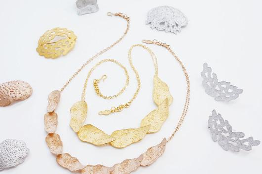岡本桜 SOーjewelry展の様子_c0256701_7244162.jpg
