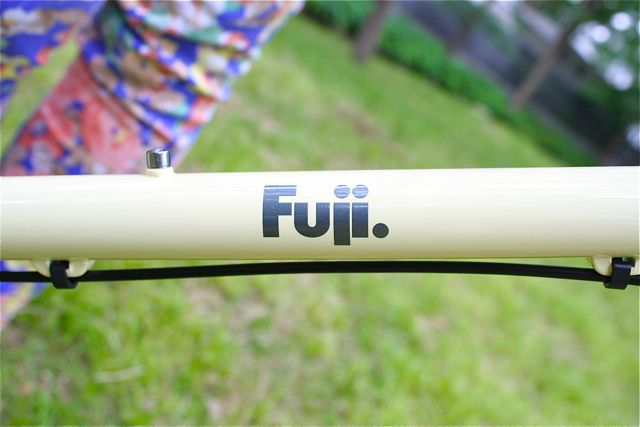 FUJI COMET fuji コメット ミニベロ 女子 フジ_b0212032_21333412.jpg