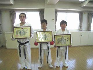 平成25年昇段審査会 激闘10人組手!_c0118332_1791324.jpg