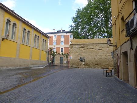 スペイン リオハシリーズ  ログローニャで朝の散策_b0011584_14135274.jpg