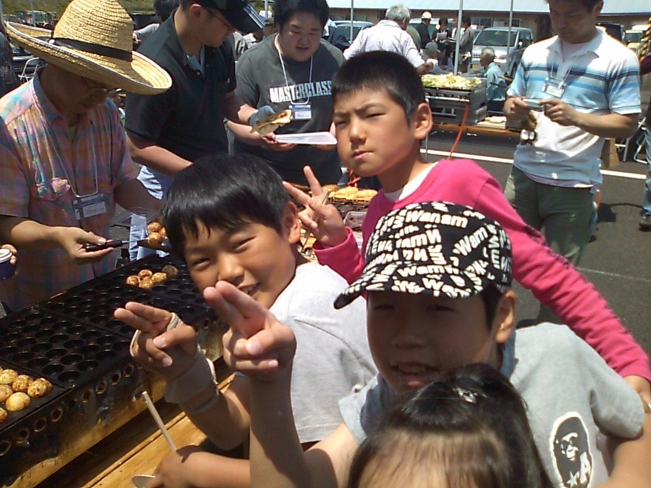 鹿島仮設住宅で大熊といわきの住民交流_e0068696_17462291.jpg