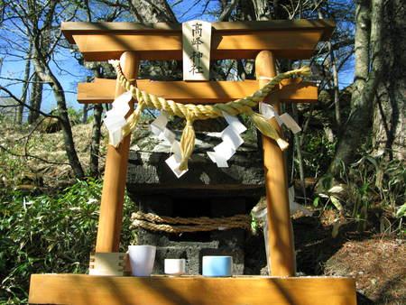 明日27日は高峯神社祭り_e0120896_6505566.jpg