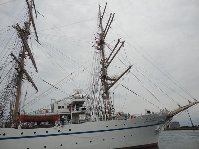 バリシップ2013/NO5帆船「日本丸」登しょう礼_f0231709_16575753.jpg