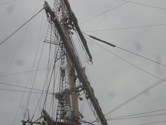 バリシップ2013/NO5帆船「日本丸」登しょう礼_f0231709_1702786.jpg