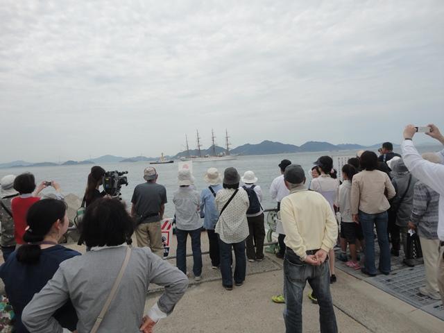 バリシップ2013/NO5帆船「日本丸」登しょう礼_f0231709_1754686.jpg