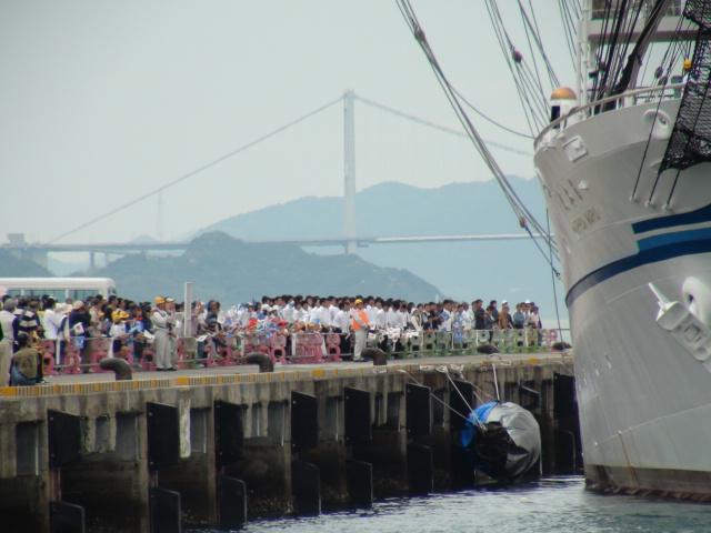 バリシップ2013/NO5帆船「日本丸」登しょう礼_f0231709_2042642.jpg