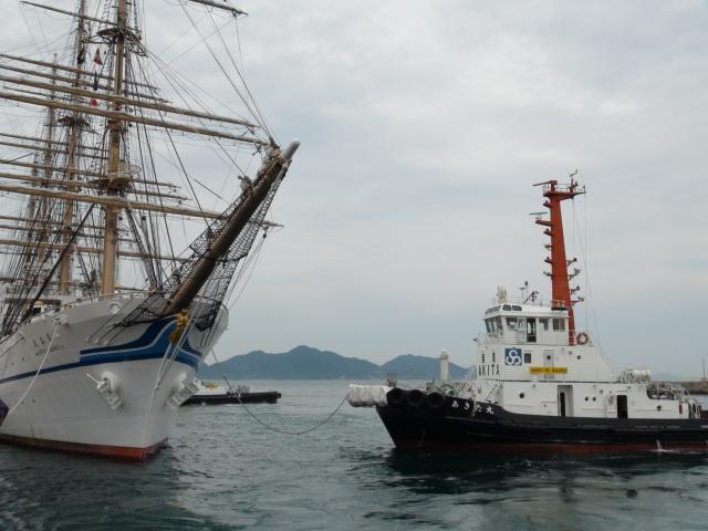 バリシップ2013/NO5帆船「日本丸」登しょう礼_f0231709_204582.jpg