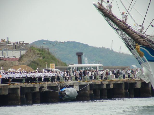 バリシップ2013/NO5帆船「日本丸」登しょう礼_f0231709_2093866.jpg