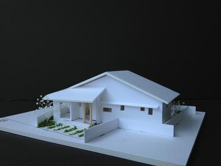 ~理想の暮らしを楽しむ~★空間の広がりを楽しむ平屋の家★の模型をホームページに記載しました_d0082356_12193615.jpg