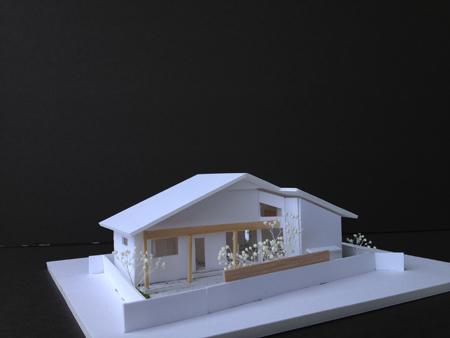 ~理想の暮らしを楽しむ~★空間の広がりを楽しむ平屋の家★の模型をホームページに記載しました_d0082356_12202731.jpg