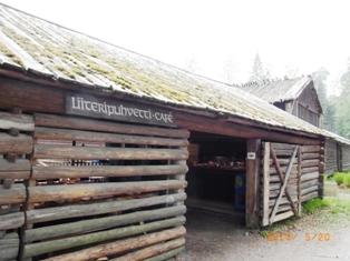 Finland セウラサーリ島の木造建築_e0195766_20341542.jpg