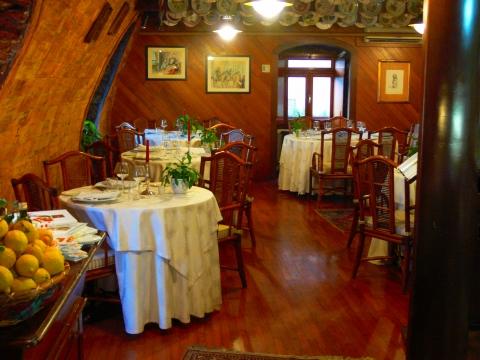 欧州出張2013年05月-第五日目-ジェノヴァの素敵なレストランで美味しい魚のグリル_c0153302_14475749.jpg
