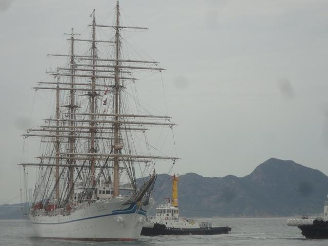 バリシップ2013/NO5帆船「日本丸」登しょう礼_f0231709_15282839.jpg