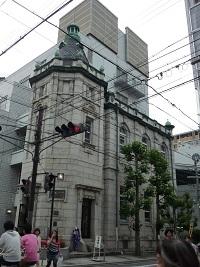 古い建物巡り_a0177314_9502966.jpg