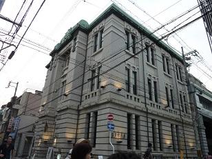 古い建物巡り_a0177314_951899.jpg