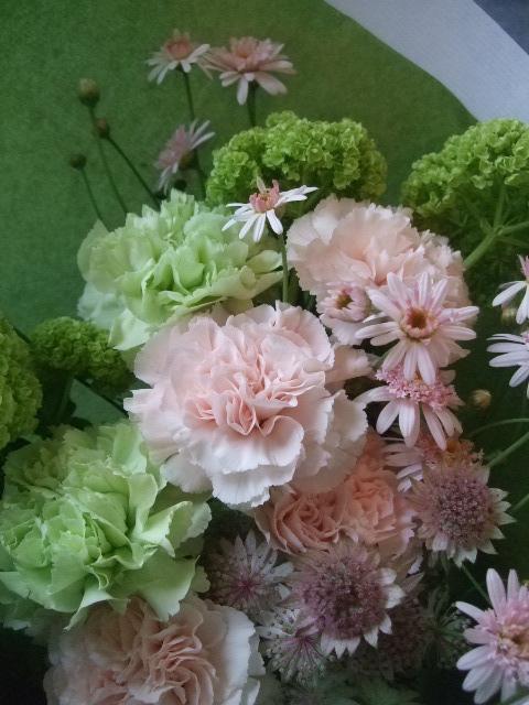 オークリーフ(母の日に贈る花束)_f0049672_14112049.jpg