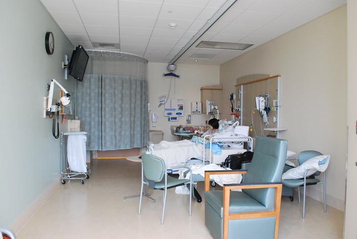 アメリカで出産-4 病院食と病室の様子_f0231414_8383545.jpg